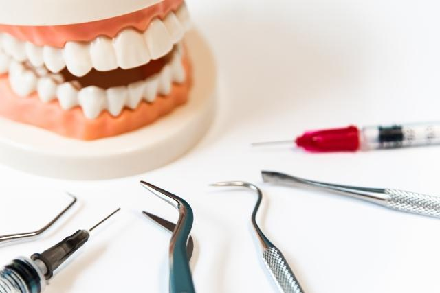 かけ ない 歯牙 に も